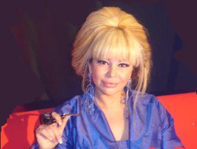 BİABIRÇI QALMAQAL: Elariz-Aygün Kazımova